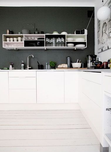 Déco  la cuisine dit oui au parquet blanc Basic colors and Kitchens - Conforama Meuble De Cuisine