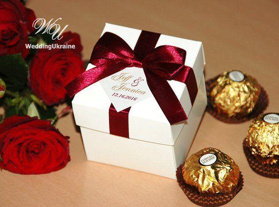 Photo of Elegant Wedding Bonbonniere, Wedding favor boxes with Wine B…