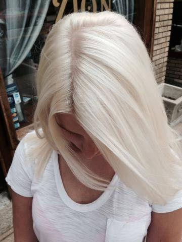 ice blond hårfarve