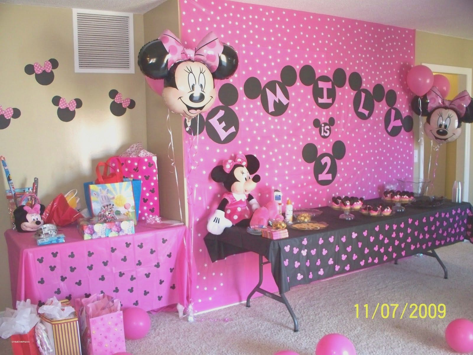 New Disney House Decorations Ideas Mickey Mouse (24 Inspiration images #disneyhousedecor