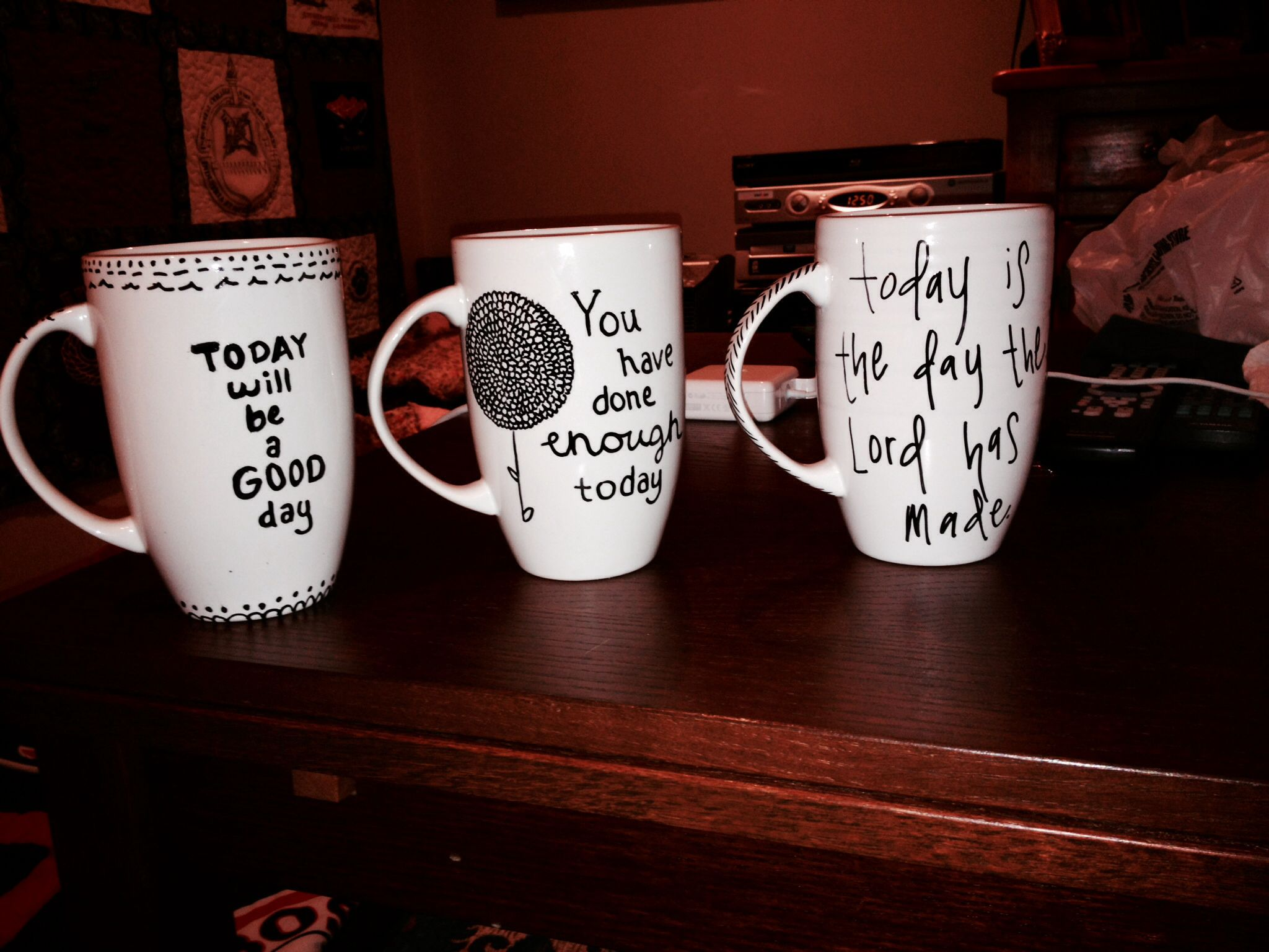 Cute Mugs Sharpie these are so cute! what a great way to start your morning! #diy