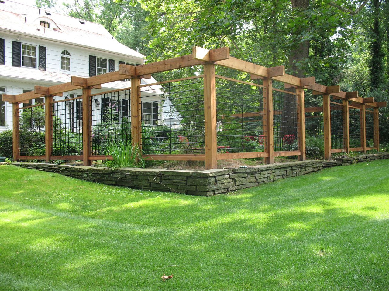 Nj fencing fencing nj nj fence installation fence for Fence with arbor