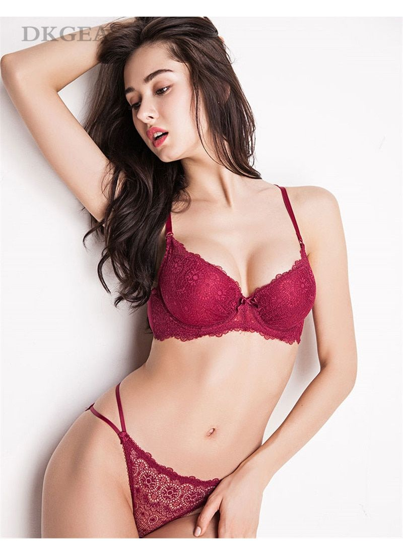 Back To Search Resultsunderwear & Sleepwears New Sexy Lace Bra Set Best Selling Bra On Thin Thick Gathered Underwear Push Up Lingerie Set Colours Are Striking
