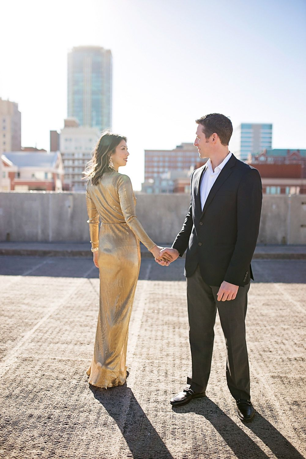 5 Tips for a Great Couples Photoshoot + Nordstrom Sale Picks http://styleofsam.com/2016/12/30/couples-photoshoot/ #couplesphotoshoot #fortworth #nyeoutfit