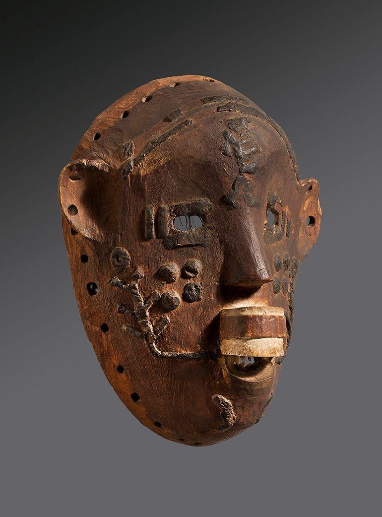 Màscara <em>ndimu ou lipiko</em> [Makonde]