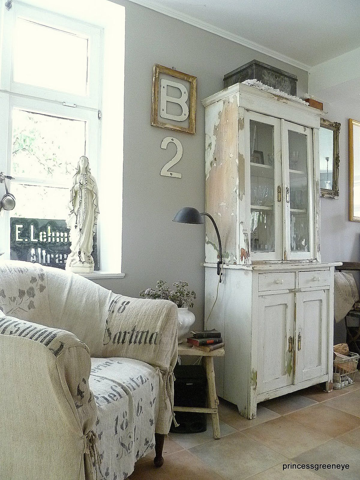 white cupboard in the living room.... | Shabby Chic ...