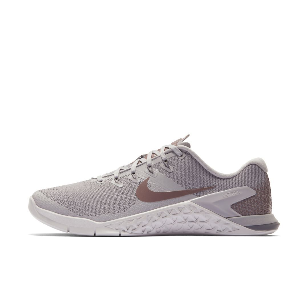c6a8f9ce1ece Nike Metcon 4 LM Women s Cross Training Weightlifting Shoe Size 6.5  (Atmosphere Grey)