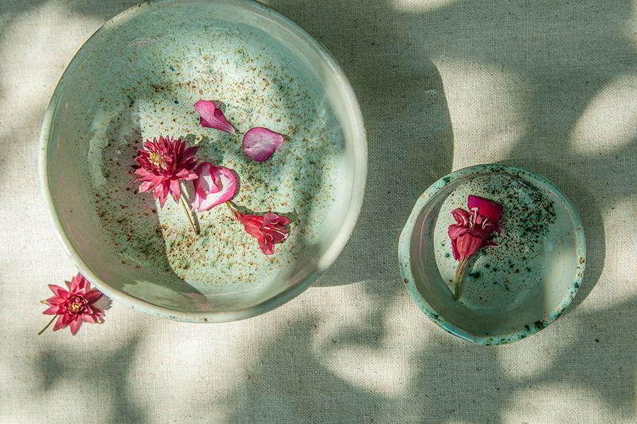 Ceramika artystyczna pracownia Zielony Słoń. #artystycznaFotografiaRzeczy #ewasowa.com #fotografiaartystyczna #ceramika #fotografiaproduktowa #ceramikaartystyczna #talerze #handmade