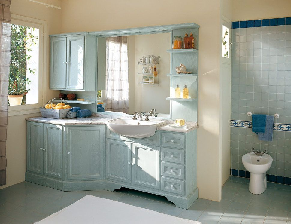 Bagno Paestum con finitura essenza frassino laccato decapè azzurro ...
