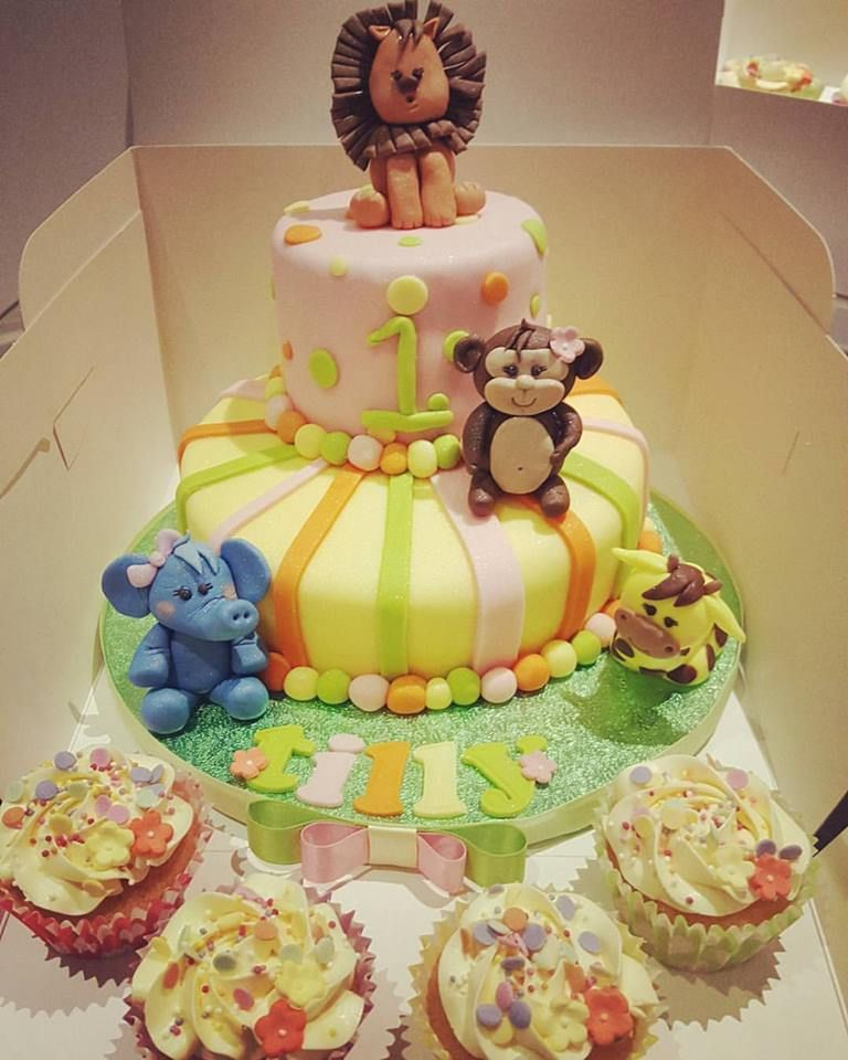 Baby Jungle Animal themed 1st Birthday cake by Kerry Marks Craft
