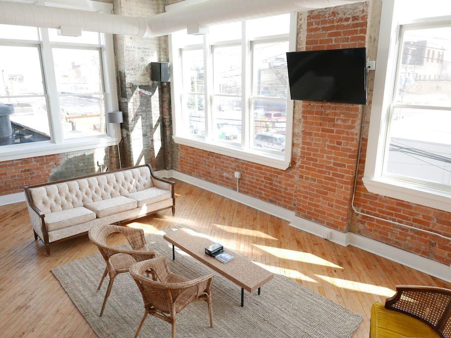 Greater Downtown Loft Model J Lofts For Rent In Detroit Michigan