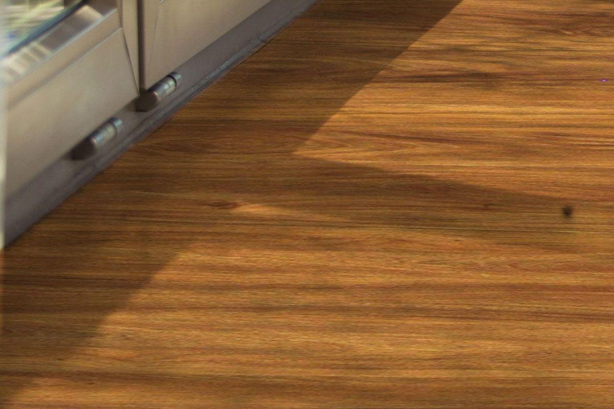 10 Best Luxury Vinyl Plank Flooring Top Rated Brands Reviewed Homeluf Com In 2020 Luxury Vinyl Plank Flooring Vinyl Plank Flooring Vinyl Plank