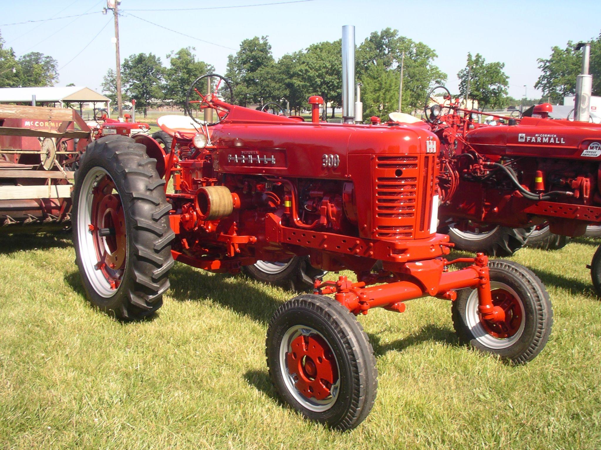 1955 Farmall 300 Farmall Tractors Farmall Tractors