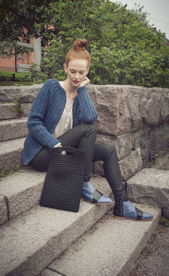 """Back to work"" Laptop Bag Novita Tube | Novita knits Use Google Translate :)"