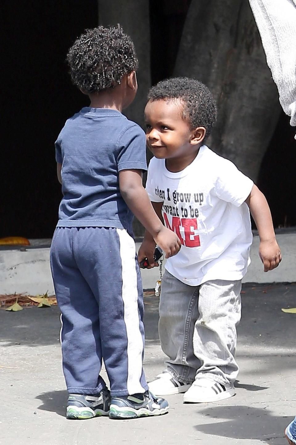 Can we deal with Louis Bullock's shirt?!?! {r} Famous babies
