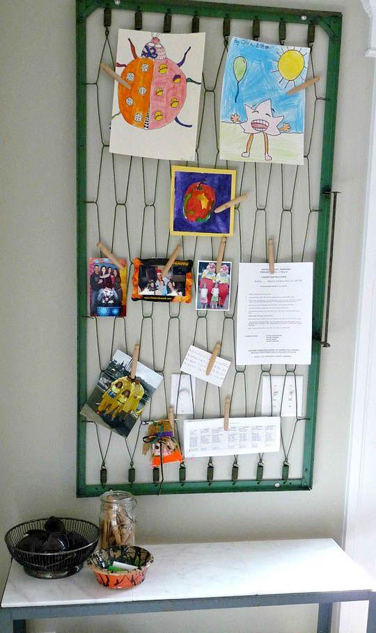 Creative Reuse Old Crib Spring As Memo Board Furniture Redo Ideas