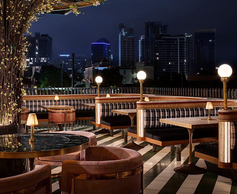 Basile Studio Raises The Roof For San Diego S Born Raised Restaurant Design Bar Interior Design Outdoor Restaurant