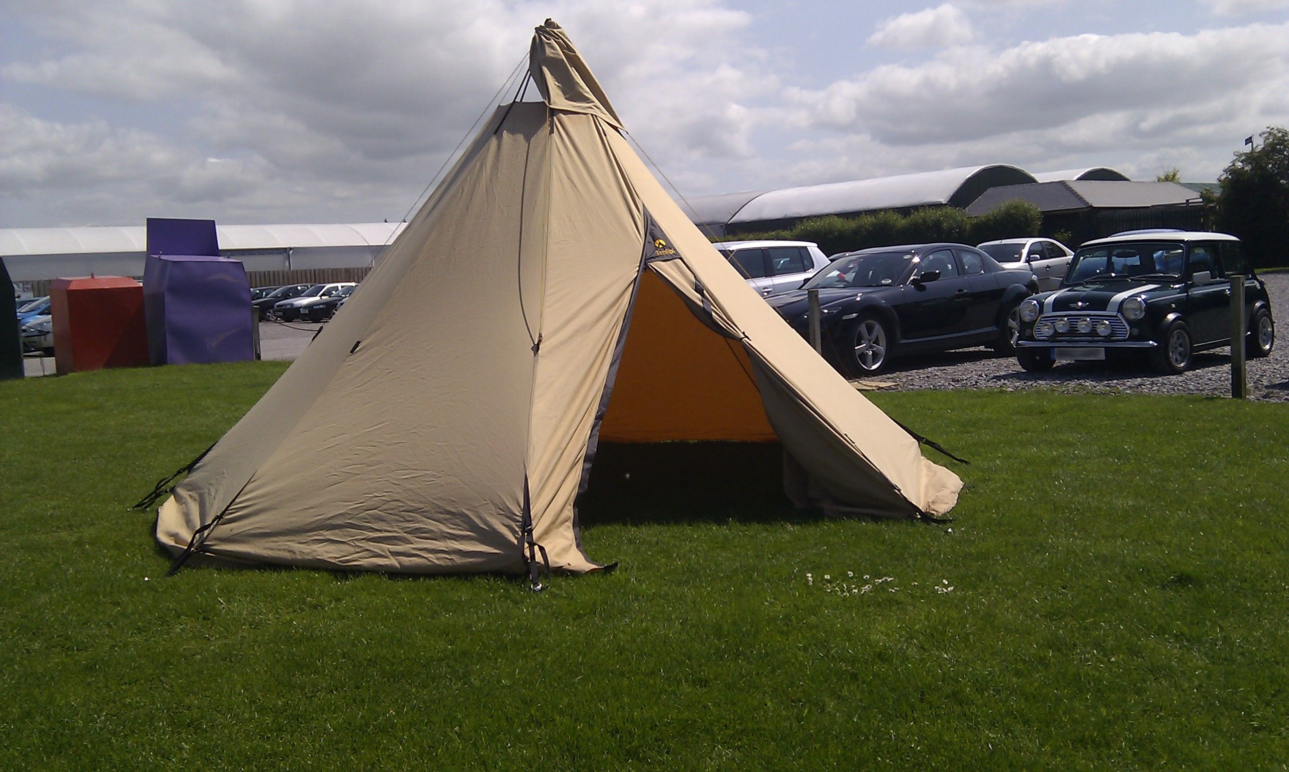 Tentipi Onyx Pitches in 5 minutes. & Tentipi Onyx 5. Pitches in 5 minutes. Really. #camping #tipi #tent ...