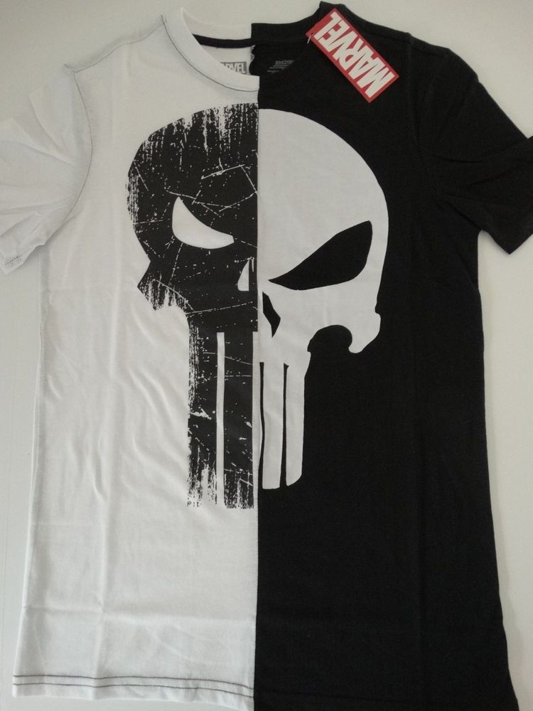 df57fd8829115 The Punisher Split Half Skull Logo Marvel Comics T-Shirt  Marvel  GraphicTee