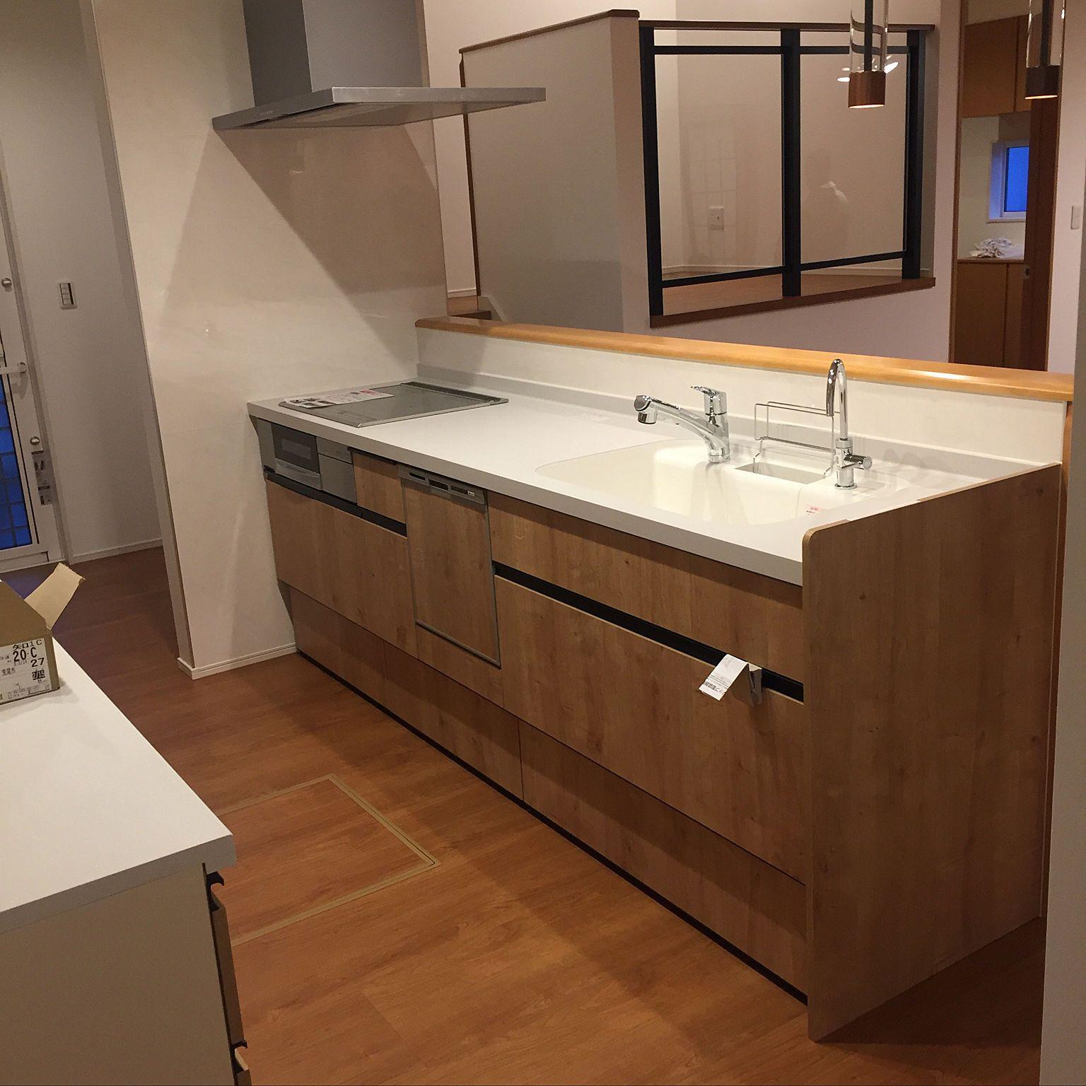 キッチン タマホーム 新築 4ldk Lixil などのインテリア実例 2018 02 25 20 38 38 Roomclip ルームクリップ 2020 キッチン リクシル 室内 ドア インテリア 実例