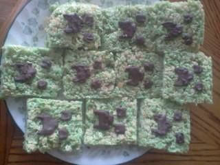 Minecraft Creeper Face Rice Krispy Treats! :D Made with: Rice Krispy ...