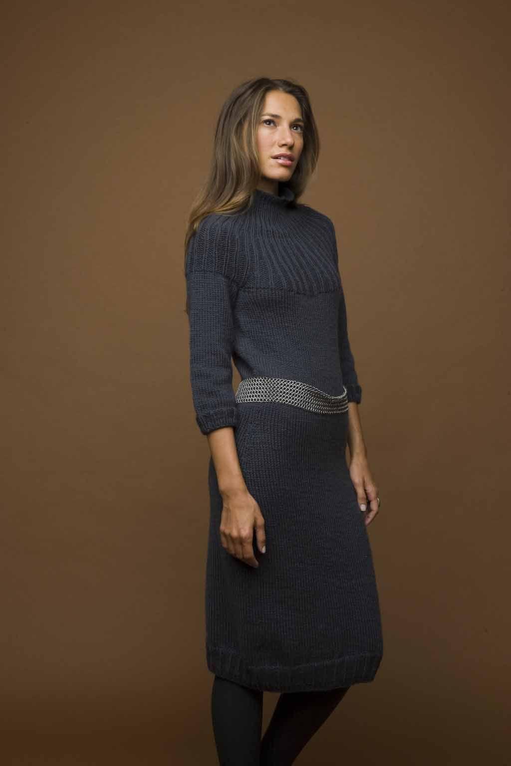 Free Knitting Pattern: Knit Dress http://www.lionbrand.com/patterns ...