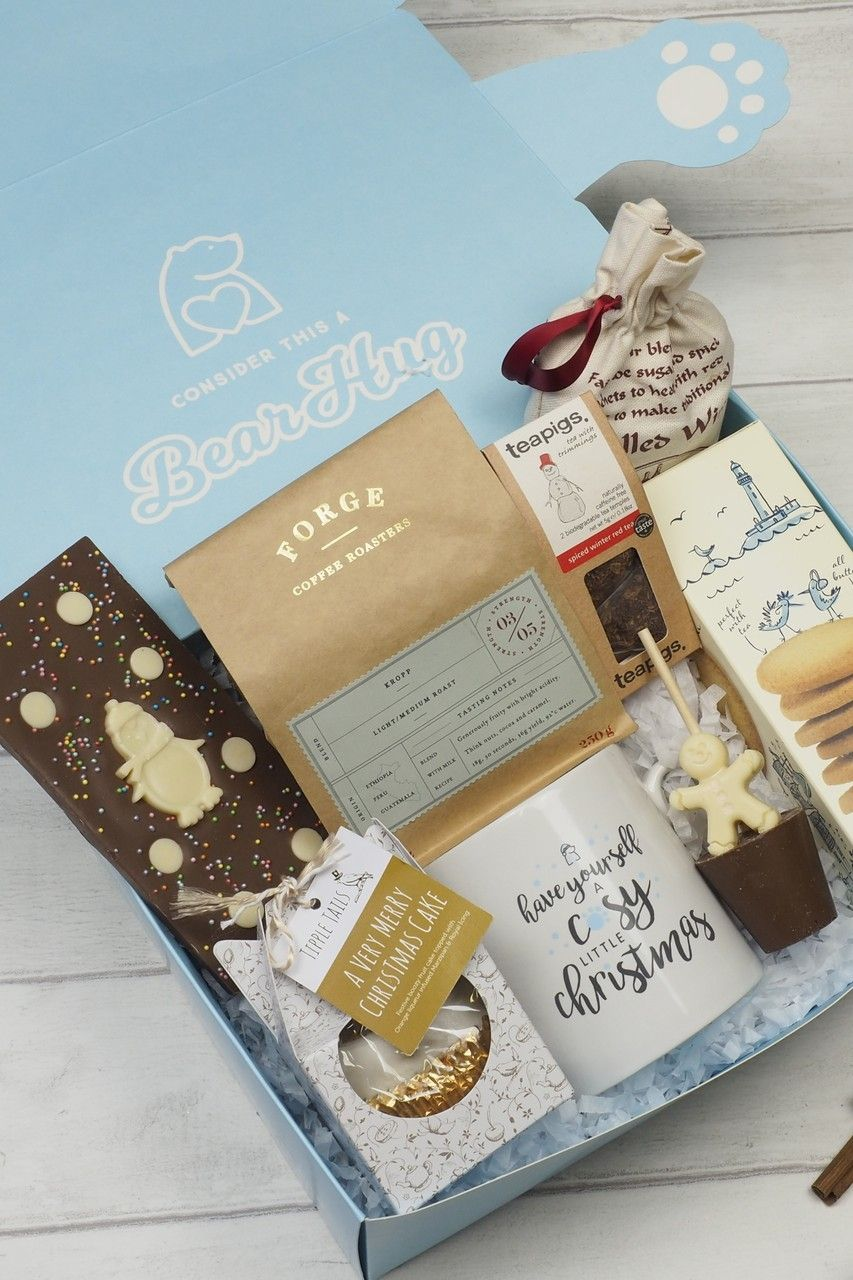 Unique Corporate Christmas Gift Hampers To Send To Employees Colleagues And Clients Personalised Corporate Christmas Gifts Christmas Gift Hampers Gift Post