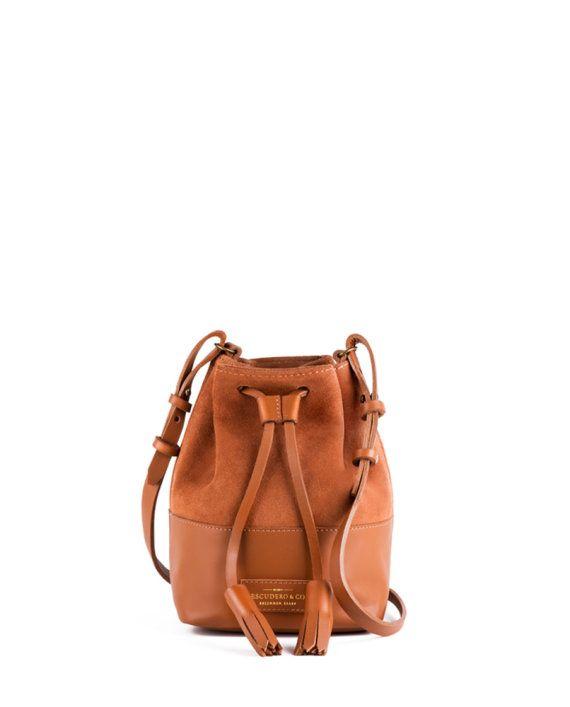61435469d bolsa feminina mini meja de couro e camurça caramelo da escudero ...