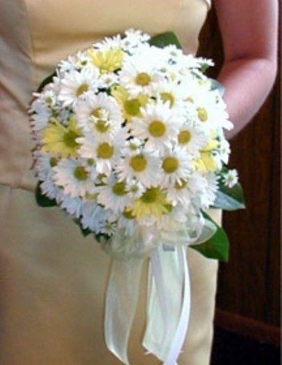 Complemento para novias: el Ramo y su significado I rosas, calas y margaritas según su color varía su significado.