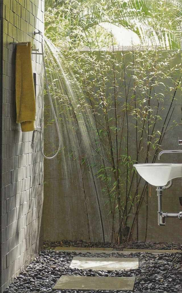 Badezimmer Outdoor Dusche Gestalten Ideen Bambus Kies Boden
