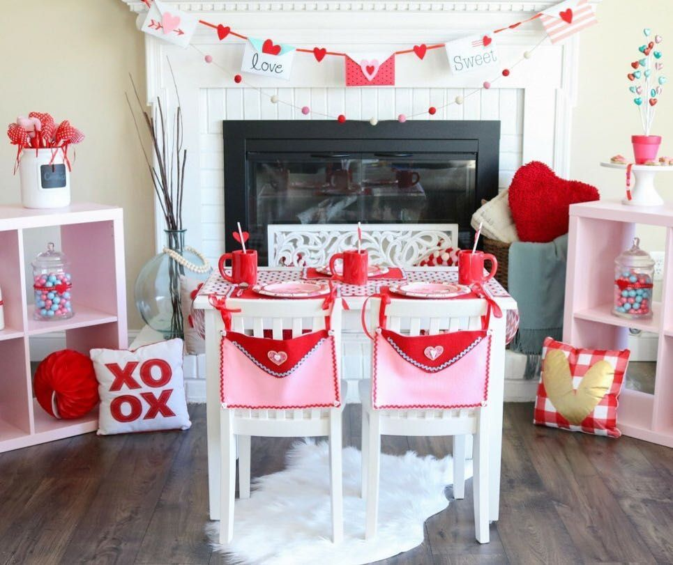 Oriental Trading On Instagram Create A Valentine S Day Party That S As Cute As A Cookie Sweetlychicevents Valentines Day Party Valentines Valentines Art