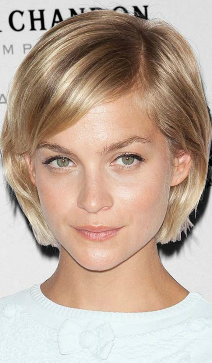 15 Gorgeous Short Straight Hairstyles That Will Inspire You Thin Hair Haircuts Thick Hair Styles Short Hair Model