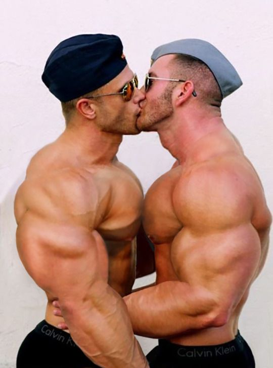 Big muscle gay studs