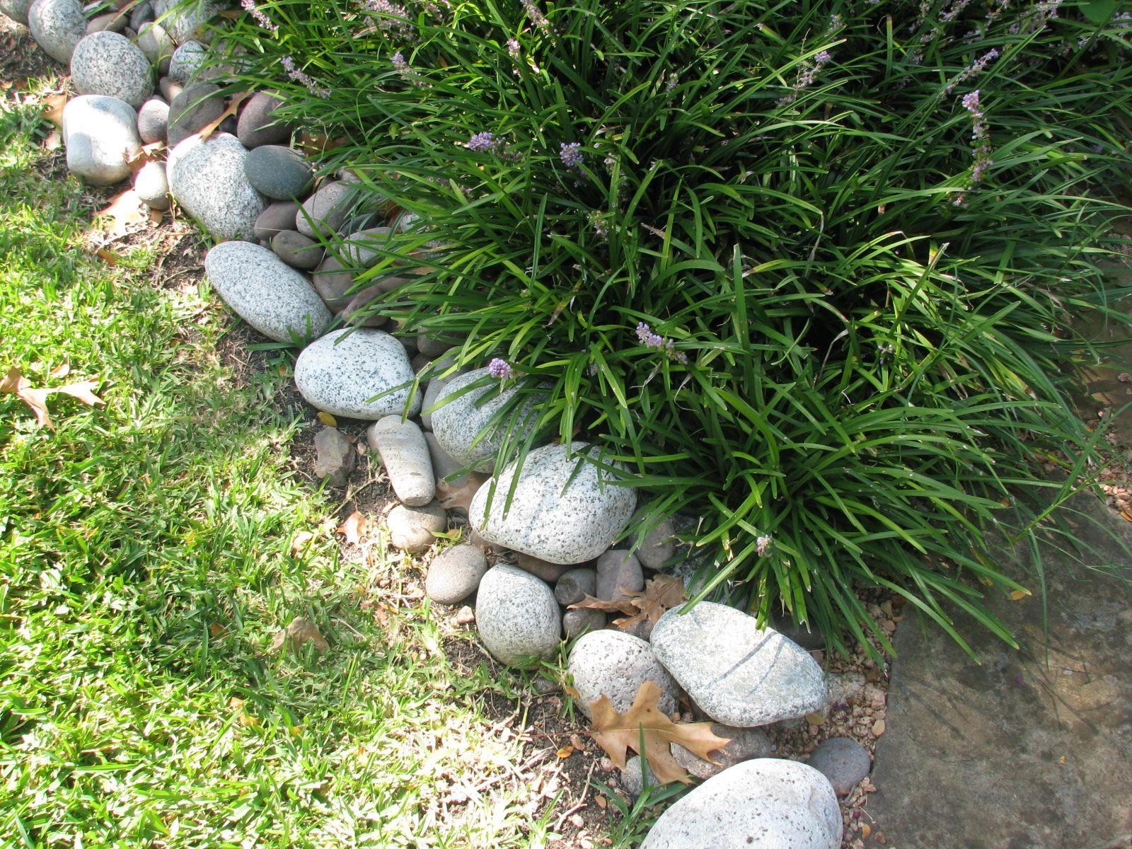 How To Edge A Garden Stone Landscaping Landscape Edging Stone Brick Garden Edging