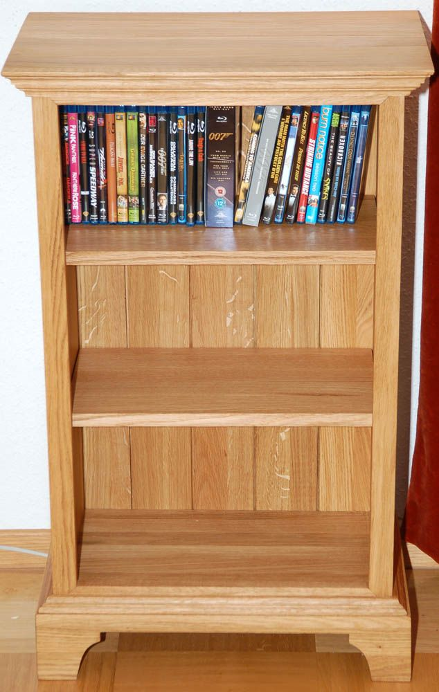 Small Oak Bookcase Reader S Gallery Fine Woodworking Bookcase Plans Bookcase Diy Bookshelf Design