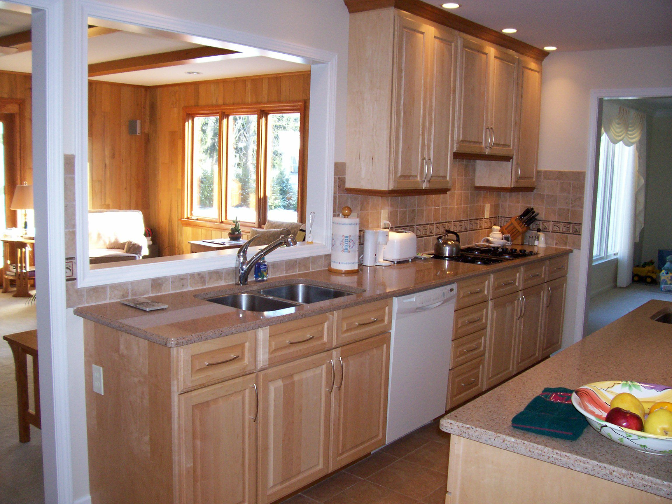 Maple cabinets with quartz countertops. (With images ... on Countertops That Go With Maple Cabinets  id=45038