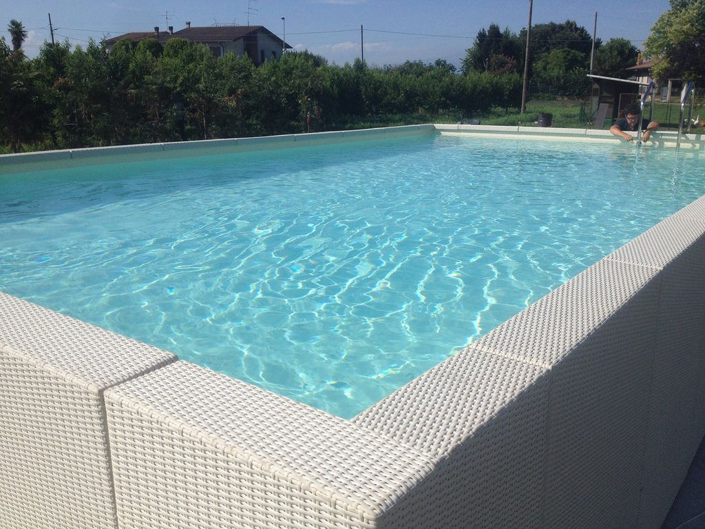 Dolcevita diva ivp3 in 2018 dolce vita pool pinterest plunge pool rattan and swimming pools - Piscina gonfiabile 2 metri ...