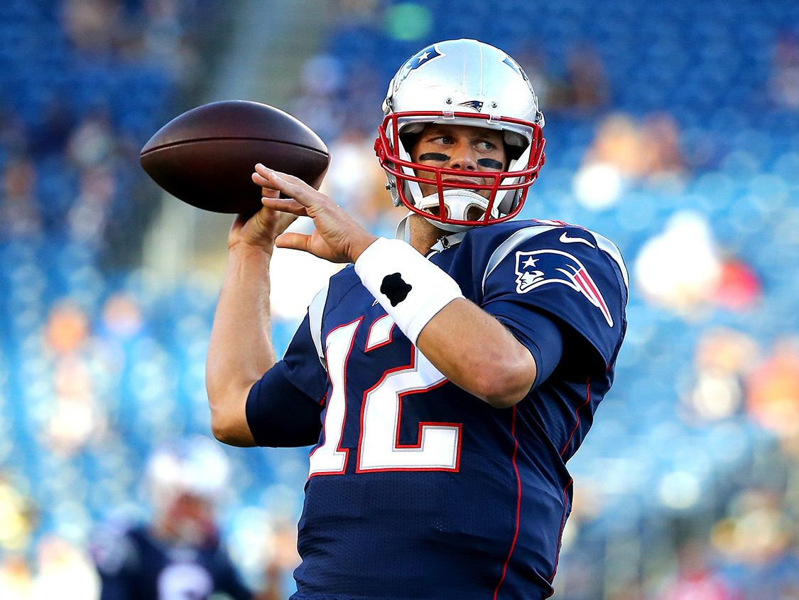 Tom Brady Drinks as Many as 25 Glasses of Water per Day
