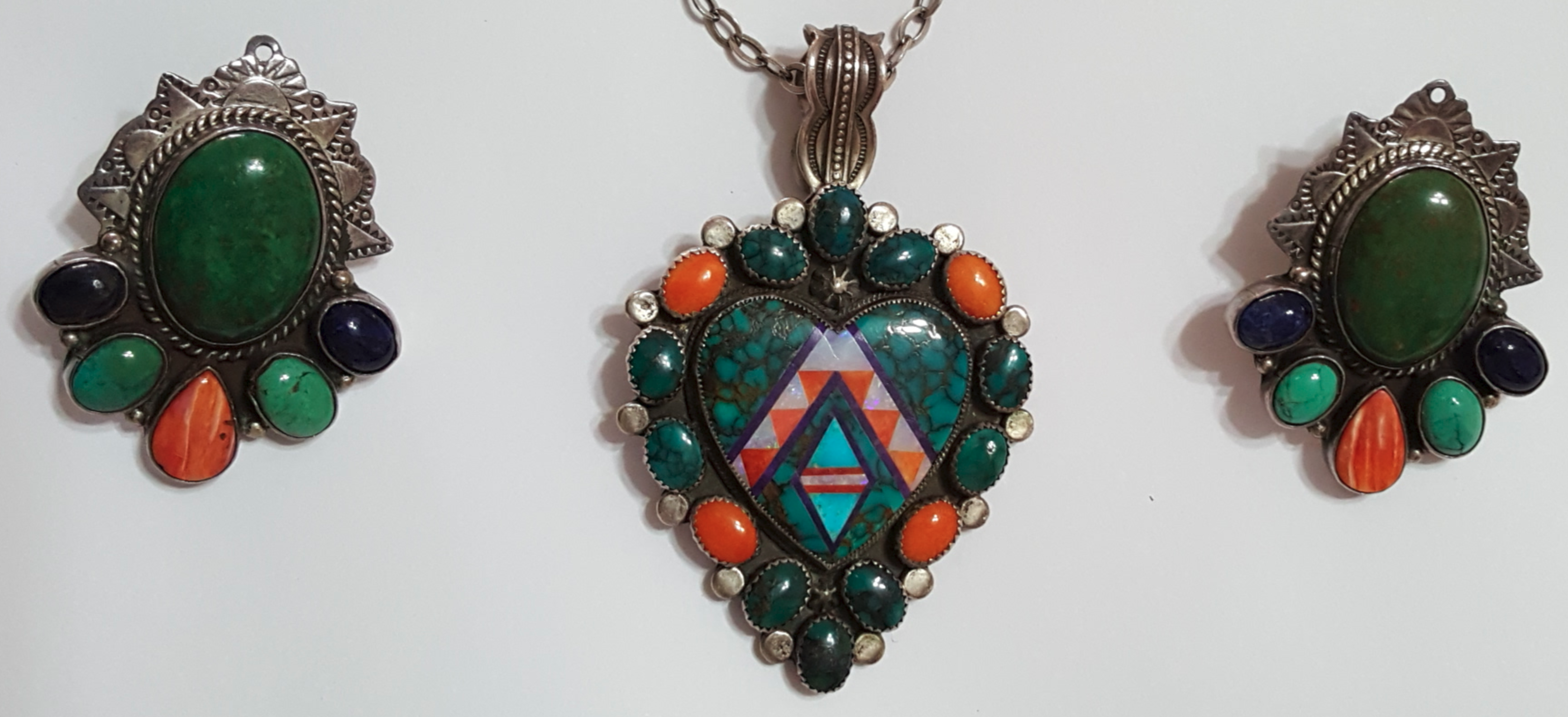 a set of matching native american top design of turquoise