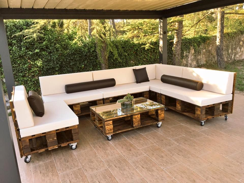DIY Pallet Patio Sofa Set / Poolside Furniture | Terrazas con palets ...