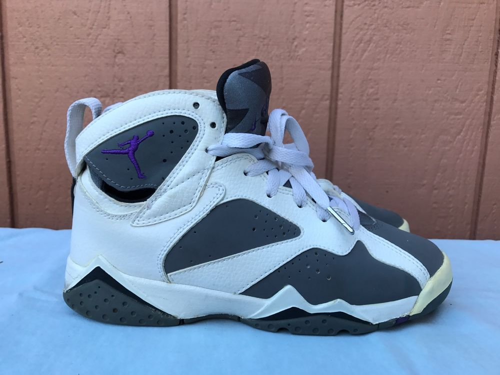 f88606bc2324 EUC NIKE AIR JORDAN 7 RETRO GS White Varsity Purple-Flint Grey US 4Y  304774-151 (eBay Link)