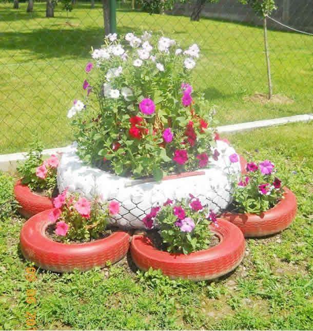 38 jardim com pneus para decorar em sua casa modelos e for Modelos de jardines pequenos con llantas