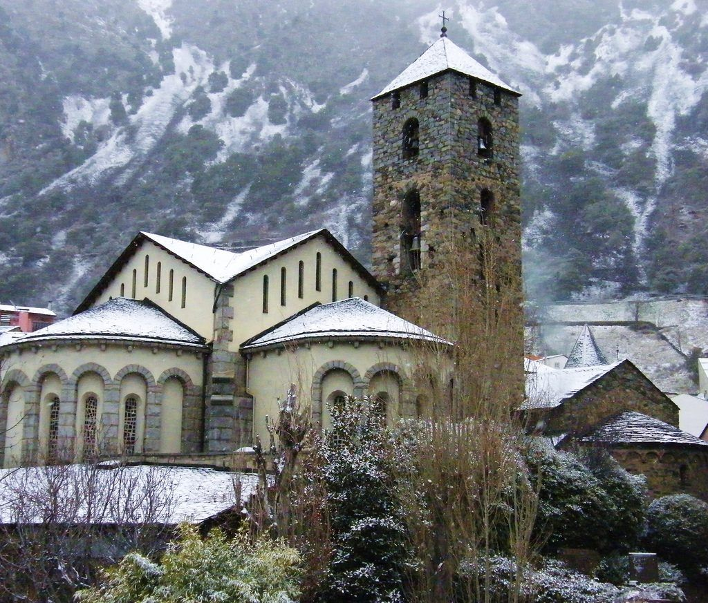 Best Day Trips From Barcelona Andora Tiny Andorra Is Situated Between Spain And France In The Famous Pyrenees Mountains Andorra La Vella Andorra Day Trips