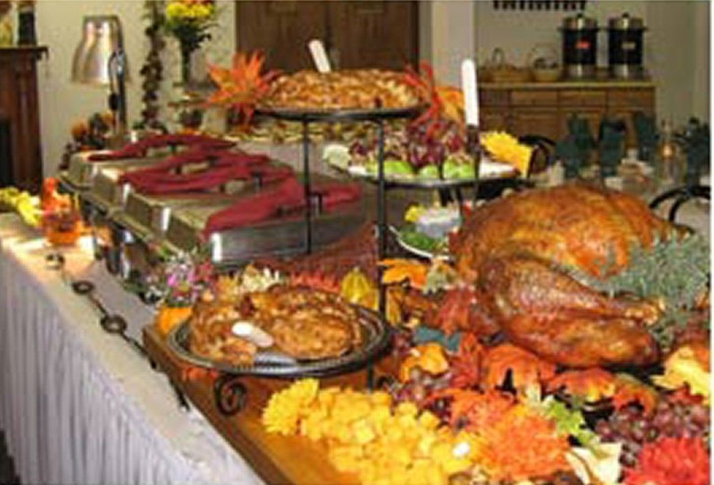 Interior Thanksgiving Buffet Table Decoration Ideas With Cover Plus Kitchen Ding Sets