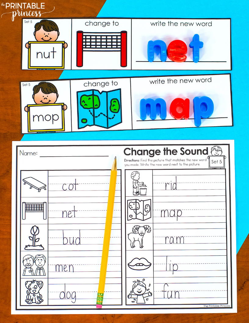 Change The Middle Sound Cvc Words With Google Slides Cvc Words Word Family Activities Cvc Word Activities [ 1056 x 816 Pixel ]
