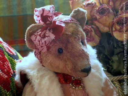 Vintage style teddy bear Adele, made of plush, stuffed by sawdust