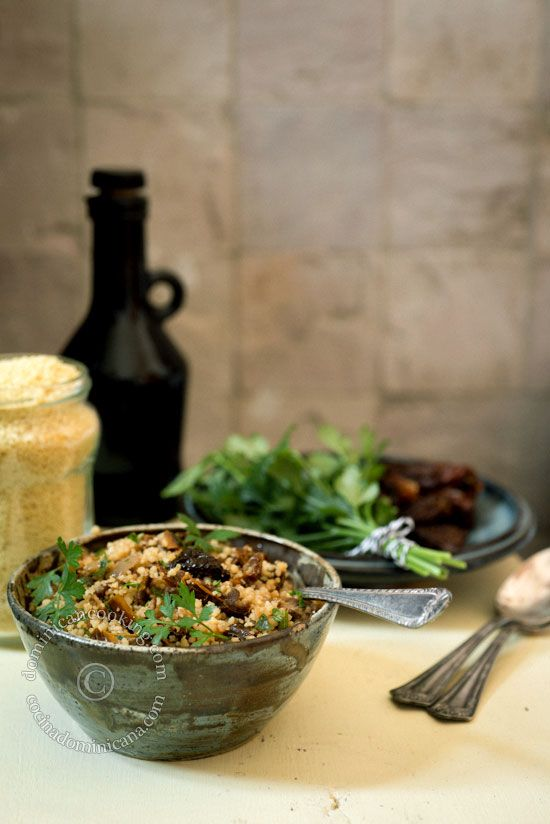 Couscous and dry tomatoes tabouleh