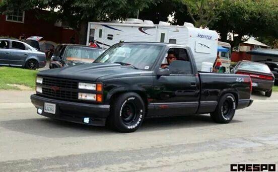 Pin By Maxone On Trucks That Are Woe Chevrolet Trucks Custom