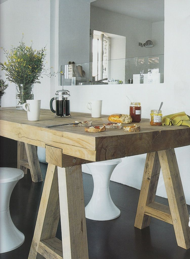 Love the chunky wood table Rustico e moderno muebles Pinterest
