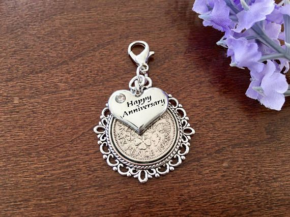 Small Lobster Clip Photo Charm /& Sixpence for Both Men /& Women Wedding